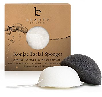 Konjac Sponges - Beauty by Earth Konjac Facial Sponge - 2 Pack - Bamboo Charcoal (Black) & Natural (White) for Cleansing Sensitive to Oily & Acne Prone Skin - Gentle Natural Sponge to Scrub and Exfoliate - Best Biodegradable Skincare Cleanser